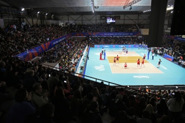 Argentina and USA playing during the Volleyball Nations League women's finals in Nanjing, China (Photo: FIVB)