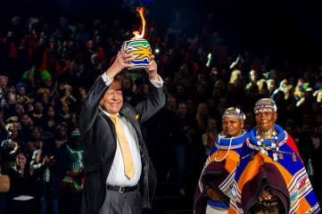 The handing of the Choral Flame to Flanders in Tshwane