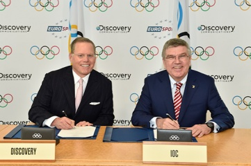 David Zaslav, president and CEO of Discovery Communications and Dr. Thomas Bach, president of the IOC (Photo: IOC/Christophe Moratal)