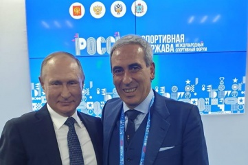 "Raffaele Chiulli (R), the President of SportAccord and the Global Association of International Sports Federations (GAISF), underlined the importance of collaborating around ""a bold vision"" as he spoke alongside Vladimir Putin (L), President of the Russian Federation"