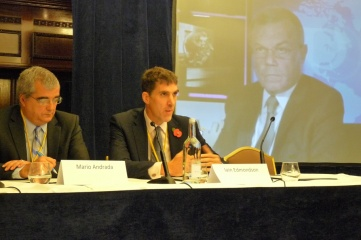 Iain Edmondson of London and Partners (middle) speaking at Host City conference, with Rio 2016 Director Mario Andrada (left) and WPP CEO Sir Martin Sorrell (right)
